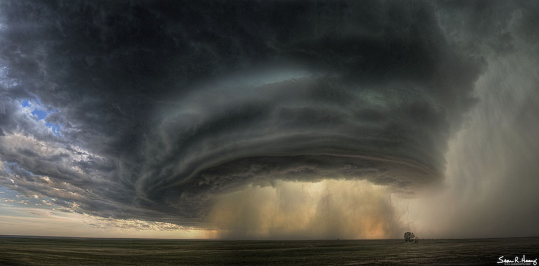 APOD 5. Mai 2013 - Superzellen-Gewitterwolke über Montana